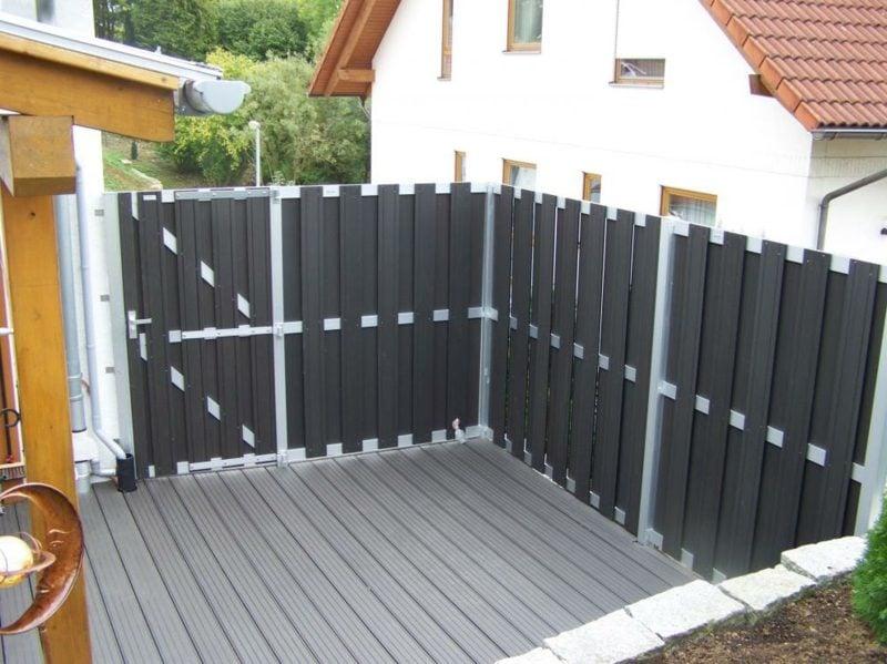 Zaun aus WPC Gartensichtschutz