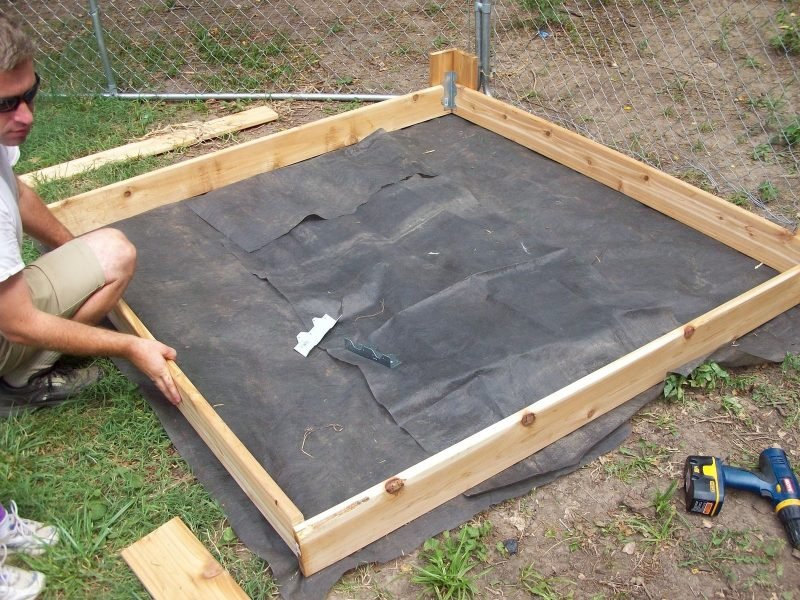 Sandkasten bauen Anleitung Schritt 6