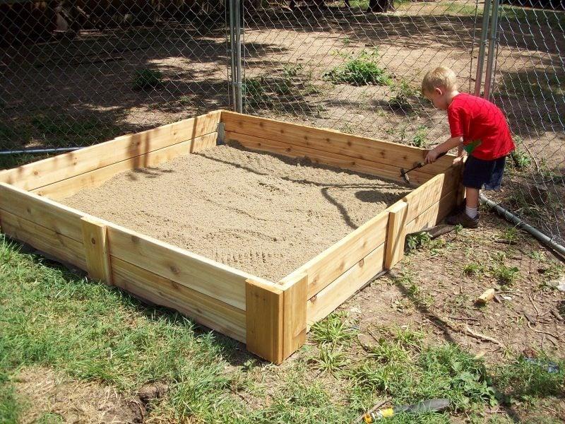 Sandkasten bauen Anleitung