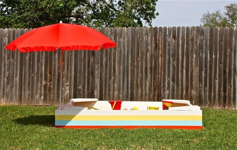 sandkasten-bauen-mehrfarbig