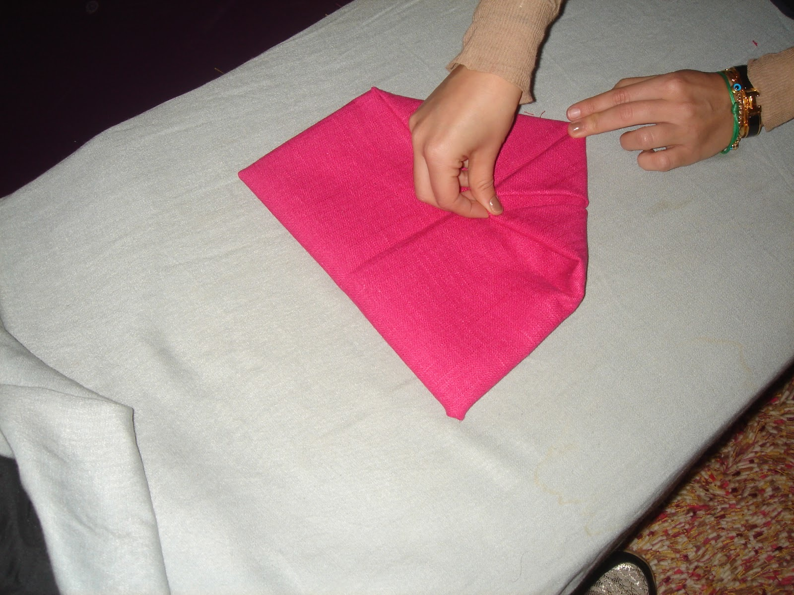 stern servietten falten diy anleitung deko feiern diy zenideen. Black Bedroom Furniture Sets. Home Design Ideas