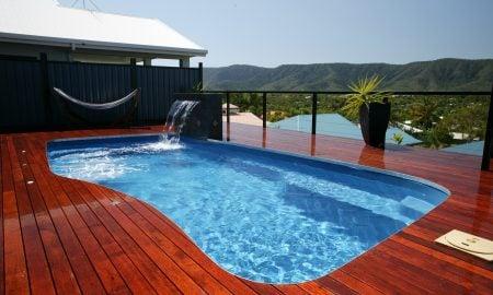 Swimingpool im Garten