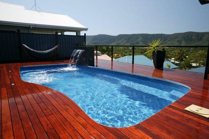 Swimmingpool Holz