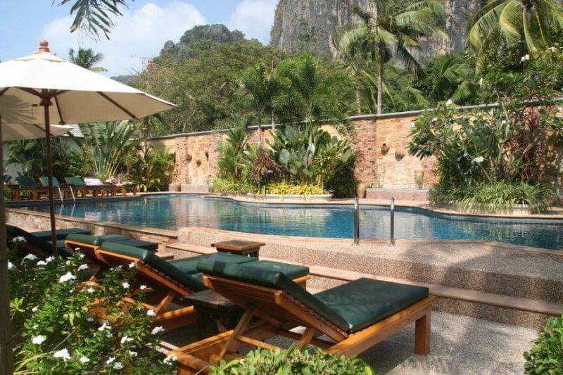 Swimmingpool: 33 erstaunliche Ideen für kleine Oase im Garten ...