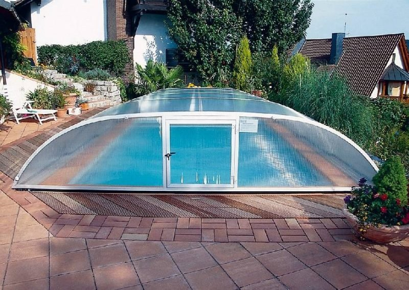 Swimmingpool Schiebidach