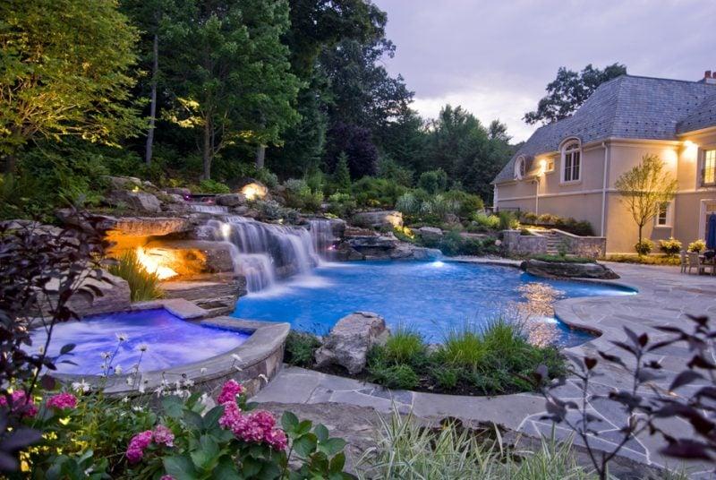 Swimmingpool im Haus