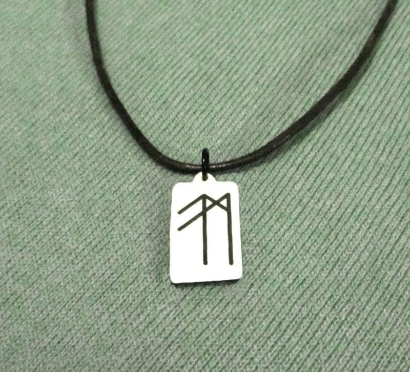 Symbol für Stärke als Schmuck