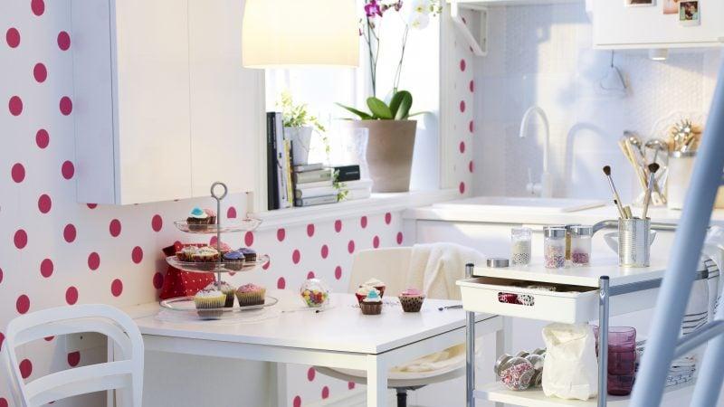 tapeten f r k che 23 frische ideen esszimmer. Black Bedroom Furniture Sets. Home Design Ideas