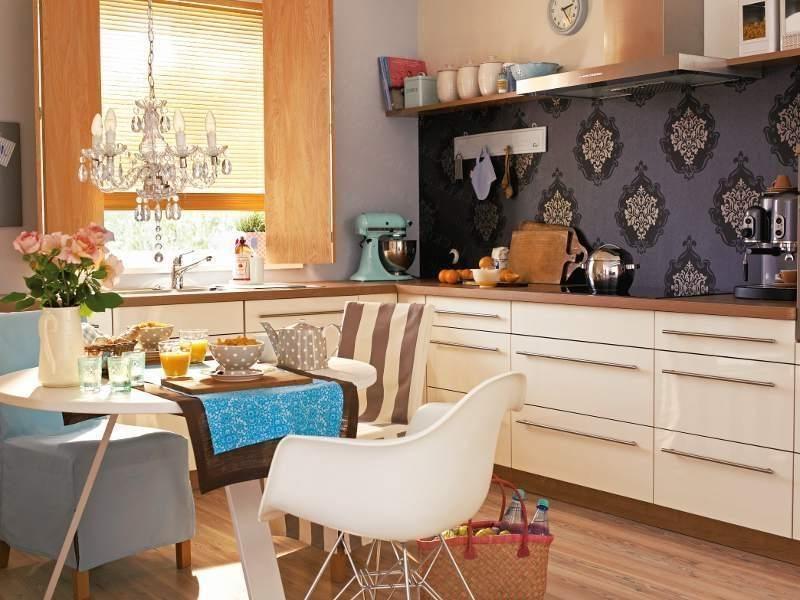 tapeten f r k che 23 frische ideen esszimmer innendesign zenideen. Black Bedroom Furniture Sets. Home Design Ideas