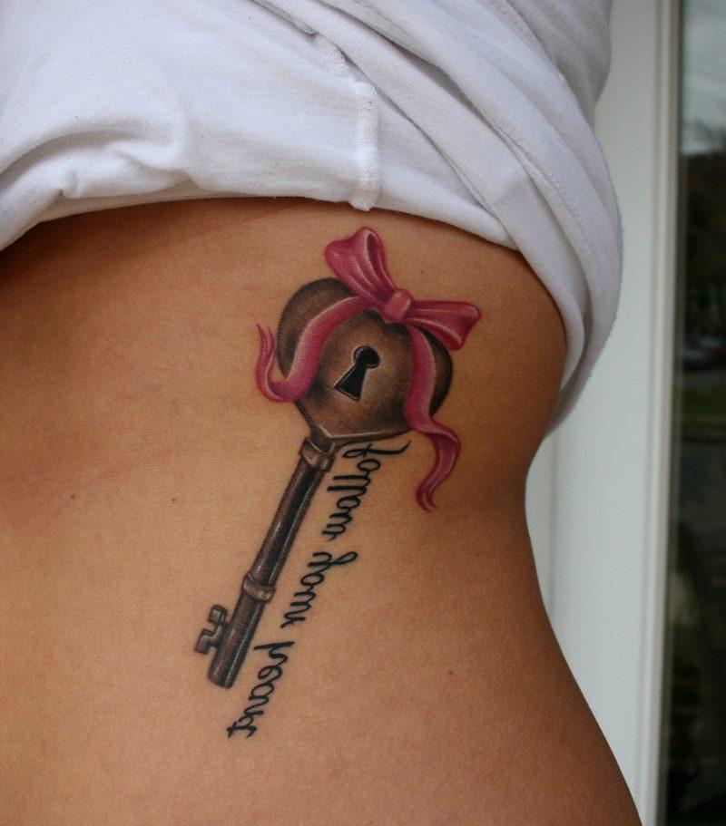 Tattoo Schlüssel für Frauen