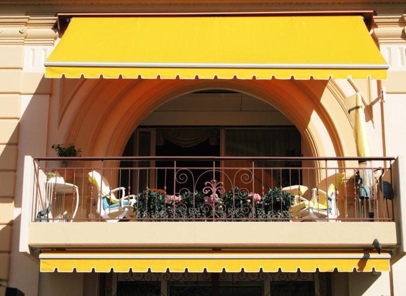 Balkon Markise im Gelb