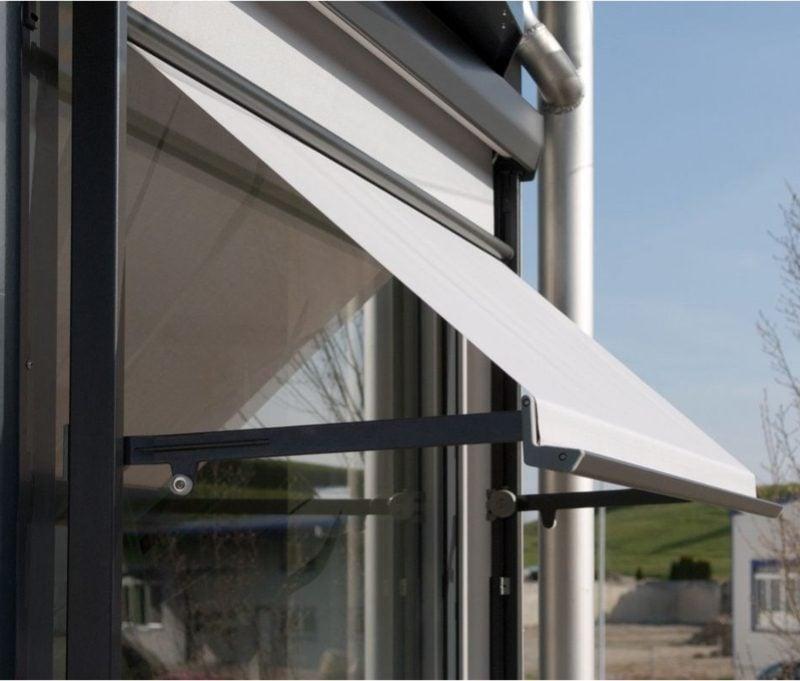 Balkonmarkise als Sicht- und Wetterschutz