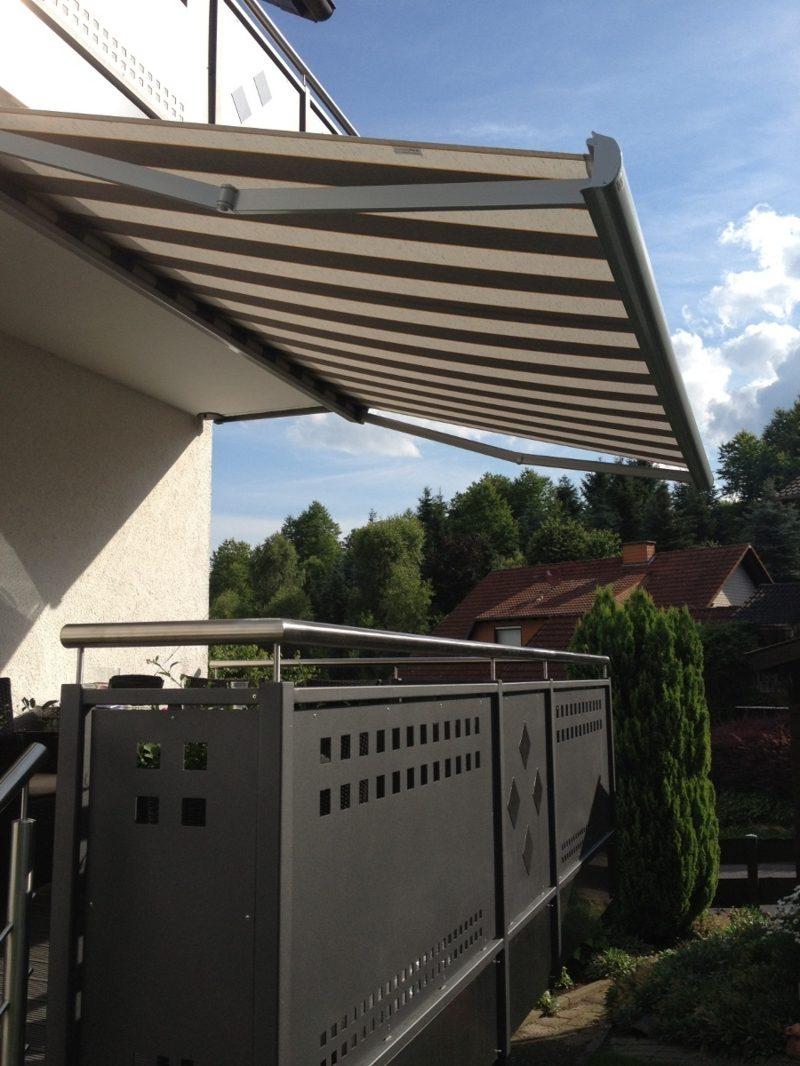 Balkonmarkise klassischer Look