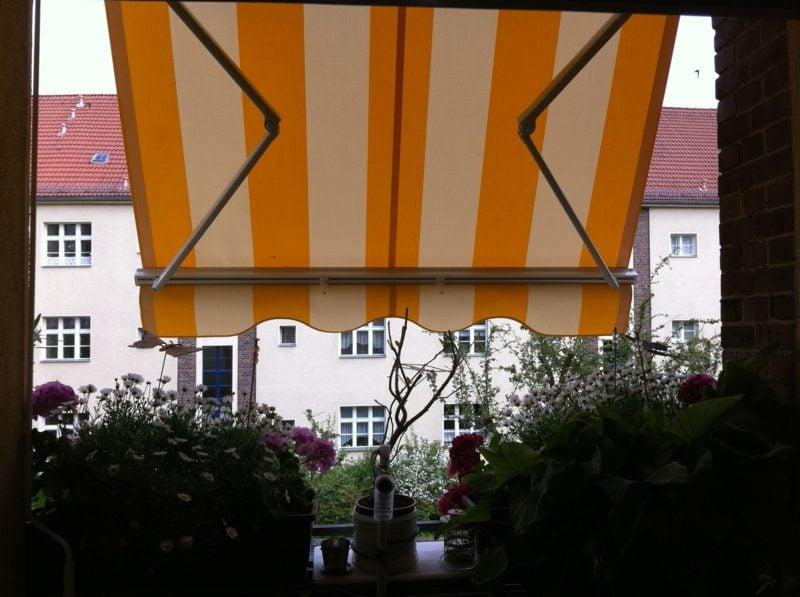 Balkonmarkise Streifen