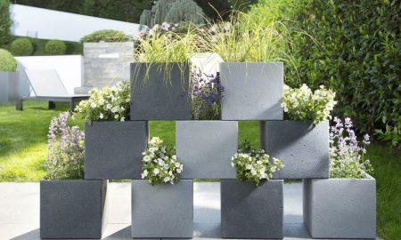 Blumenkübel in Betonoptik