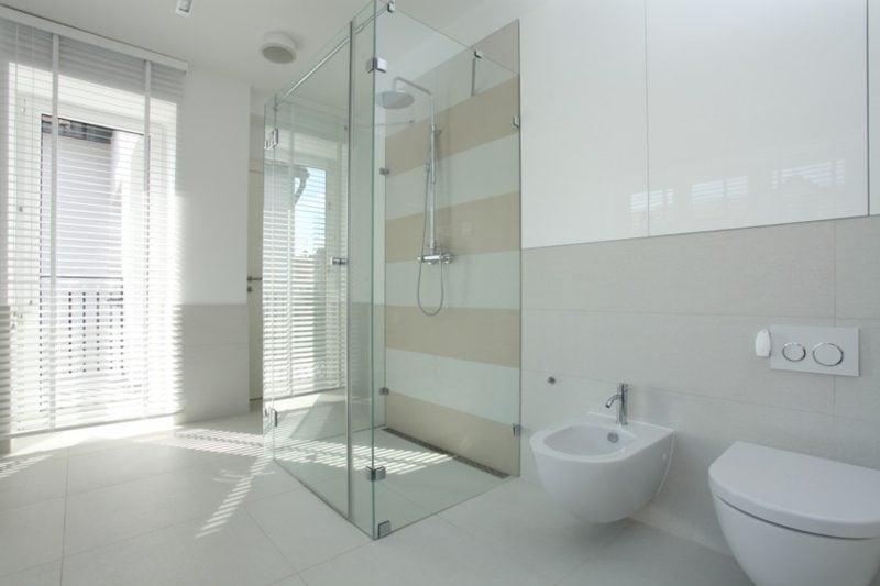 gemauerte Dusche bodengleich