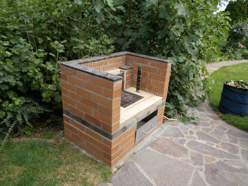 gartengrill selber bauen anleitung in 6 einfachen schritten. Black Bedroom Furniture Sets. Home Design Ideas