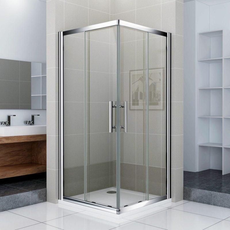 moderne Duschkabine aus Glas