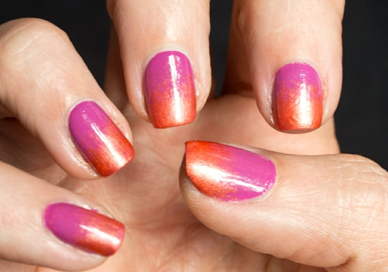 Fingernägel Ombre Rosa und Orange