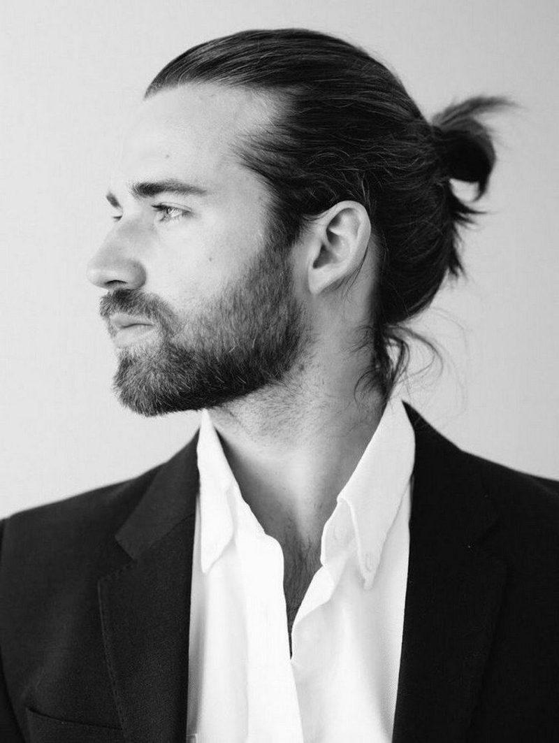 moderne Herrenfrisuren für 2015 lange Haare Man Bun