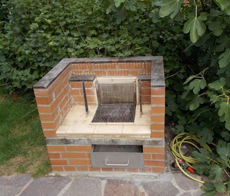 grill selber bauen mauern anleitung die neuesten innenarchitekturideen. Black Bedroom Furniture Sets. Home Design Ideas
