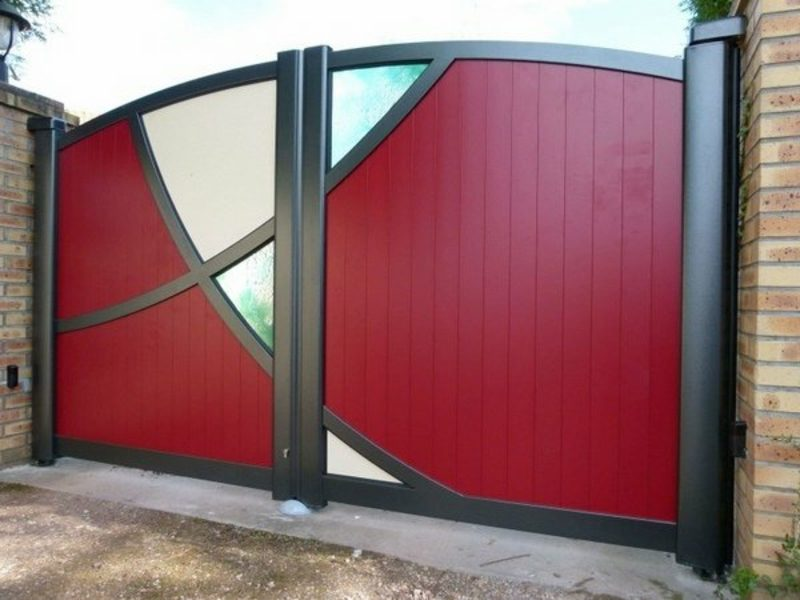 Metallgartentore garden gates aluminum red color glass panels