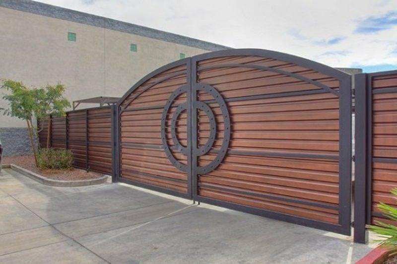 Metallgartentore modern exterior