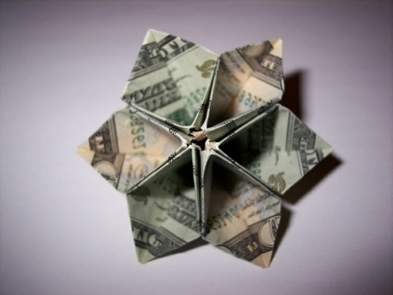 Blume aus Geldscheinen originelle Ideen DIY