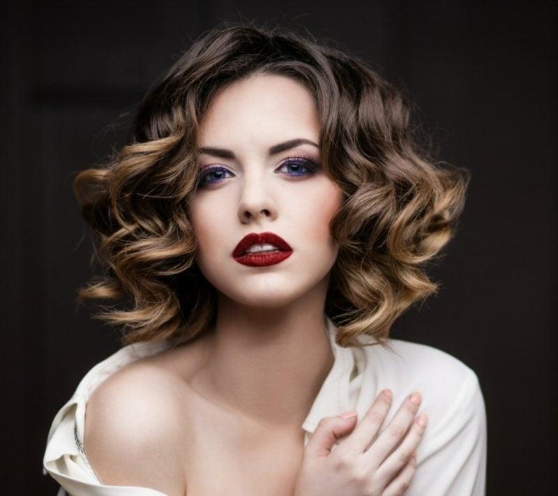 Haare färben nach dem Mondkalender originelle schulterlange Frisur