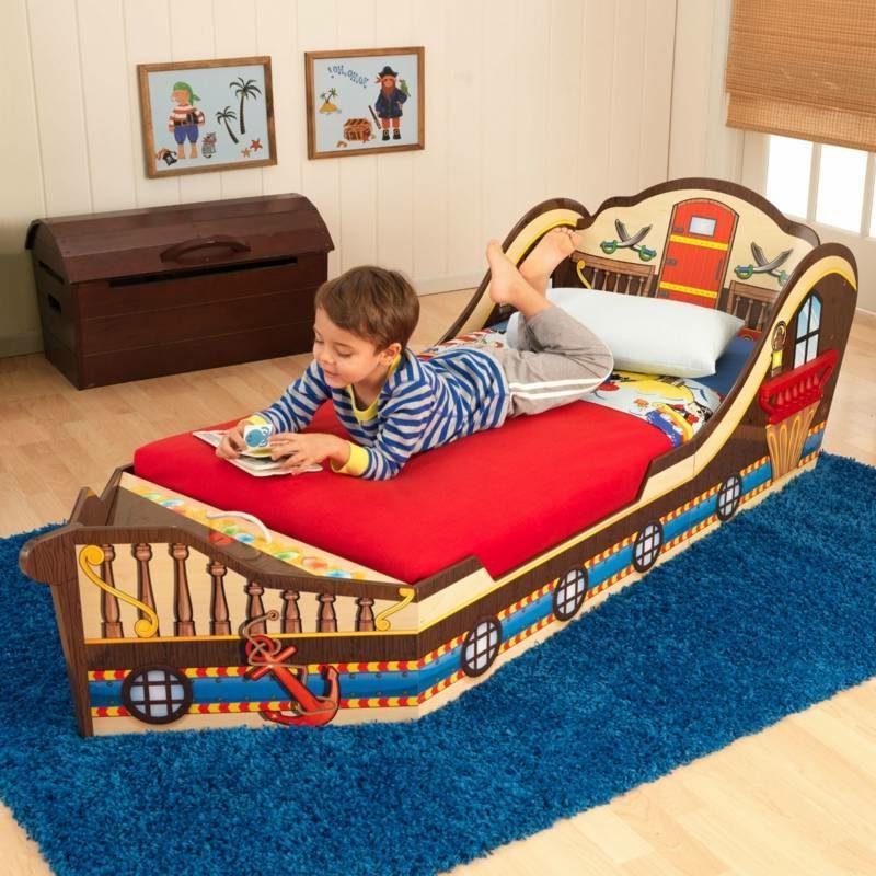 mitwachsendes Kinderbett Piratenschiff
