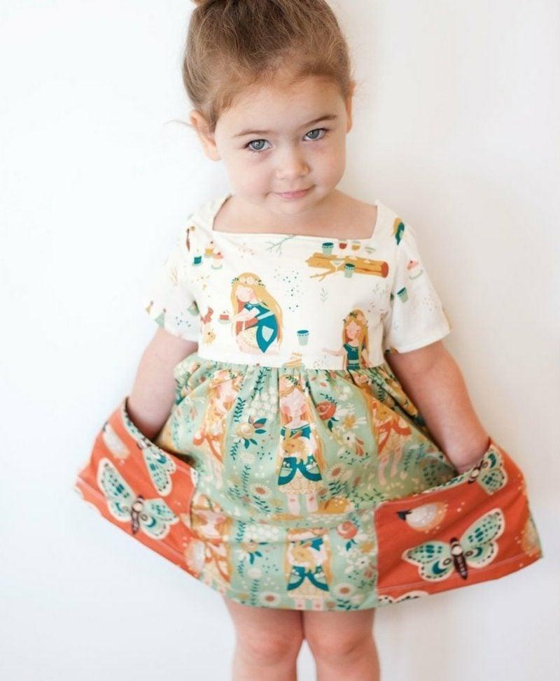 Kinderkleidung nähen Sommerkleid mit breiten Taschen
