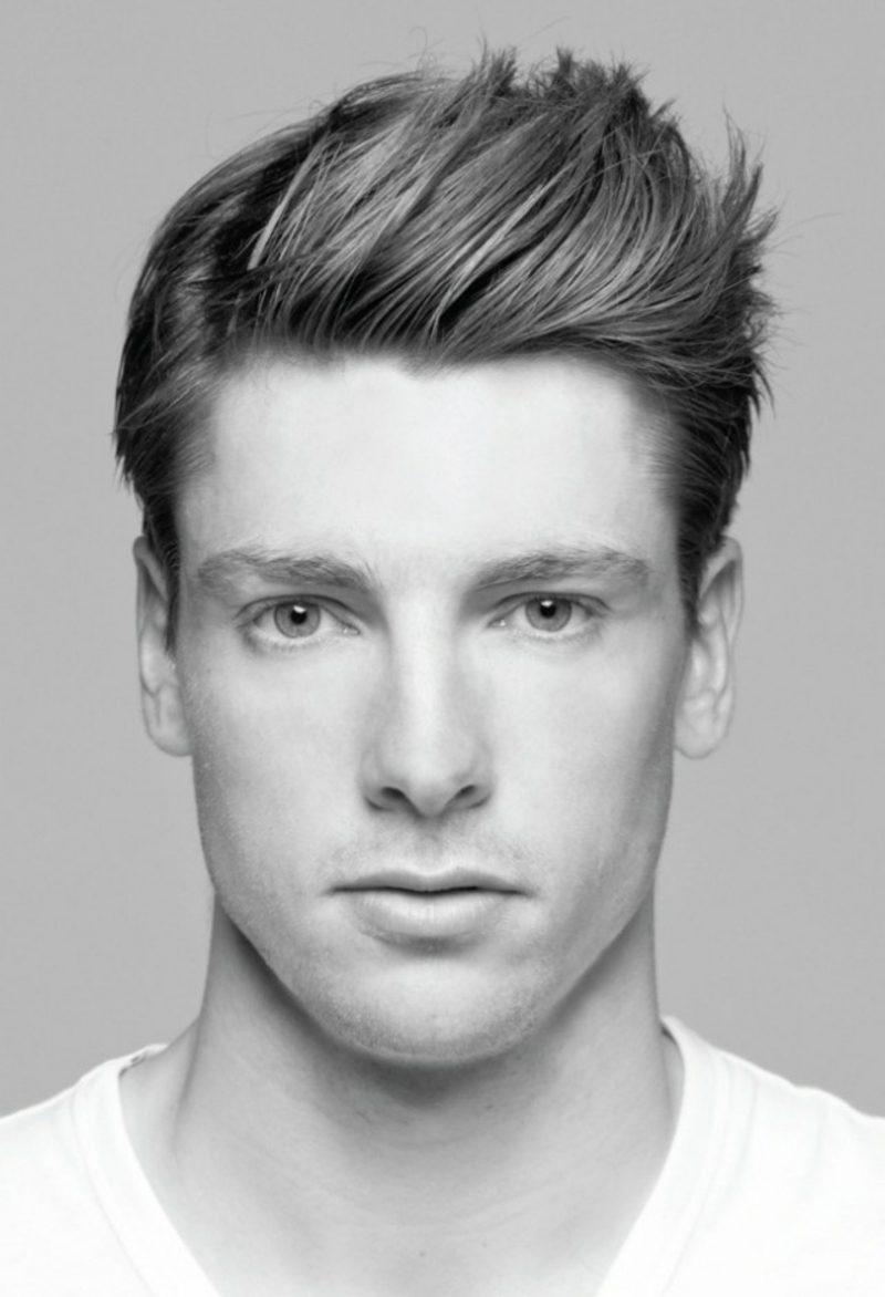 moderne Herrenfrisuren für 2015 kurze Frisur mit Seitenscheitel