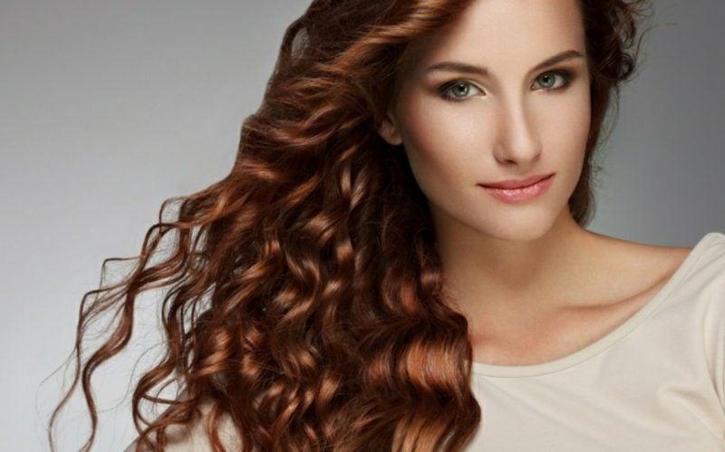 Haare färben nach dem Mondkalender interessante Lockenfrisur