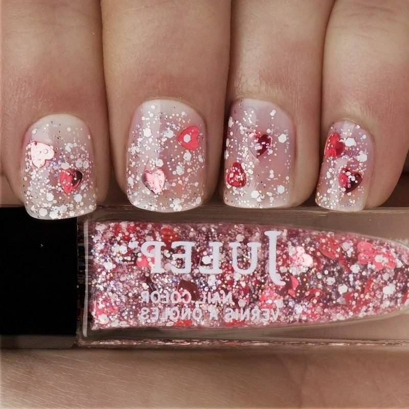 Nageldesign romantisch Glitzer