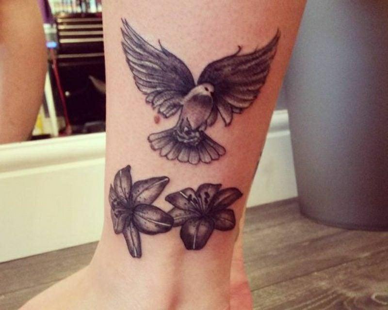 tauben tattoo designs und ideen tattoos zenideen. Black Bedroom Furniture Sets. Home Design Ideas