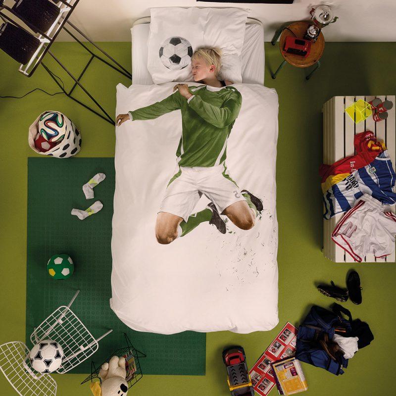 Interessante Idee mit Fußball für coole Bettwäsche