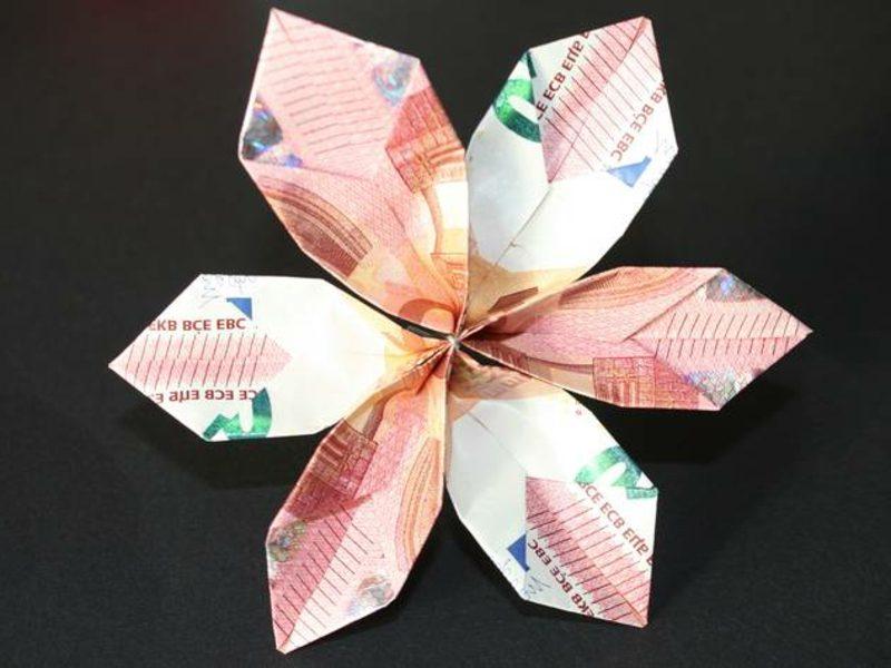 fertige Geldschein Blume