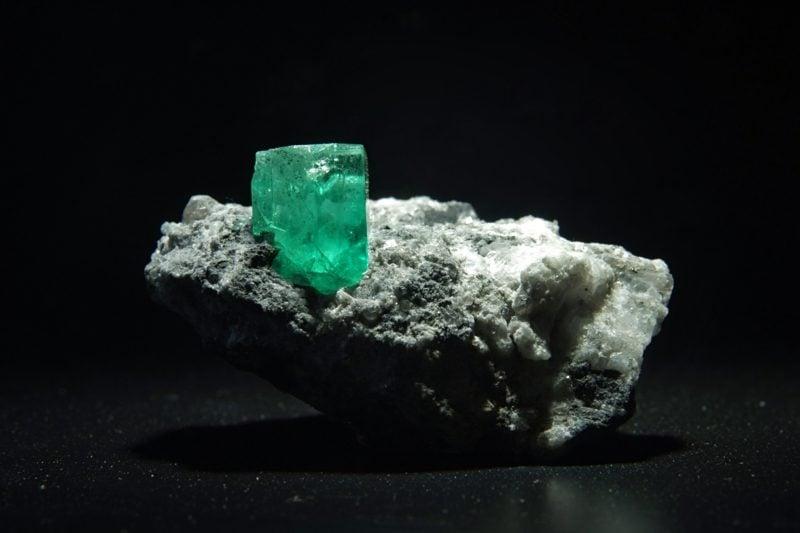 edelsteine bedeutung smaragd