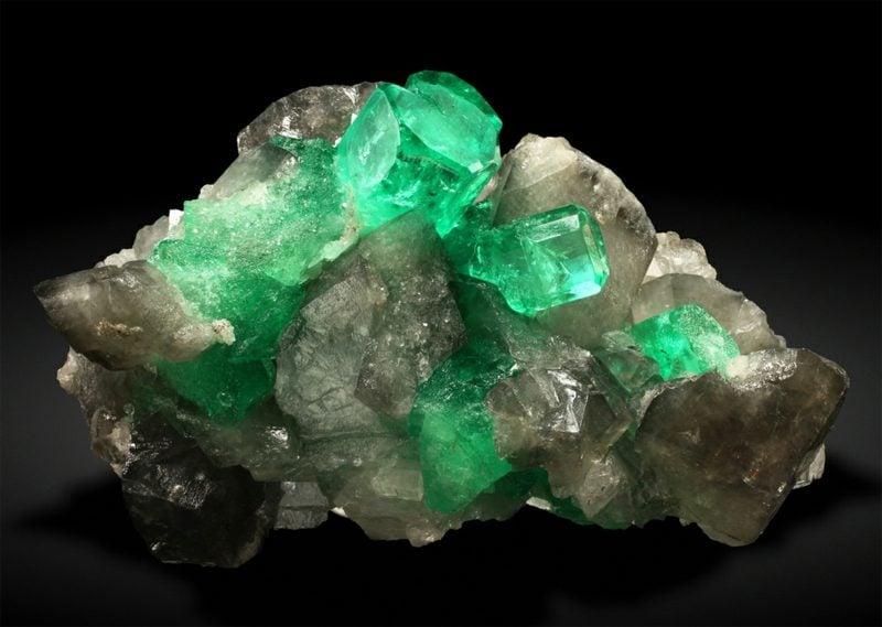 edelsteine bedeutung smaragd krystal colombia