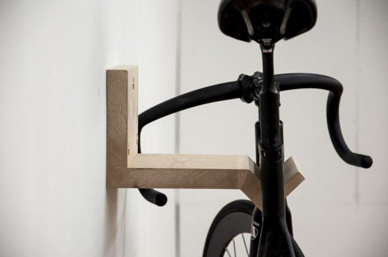 fahrradhalter wand wandhalterung naturholz