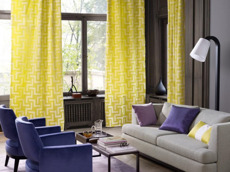 Fenstergestaltung muss auf die Farbgestaltung des Zimmers abstimmen