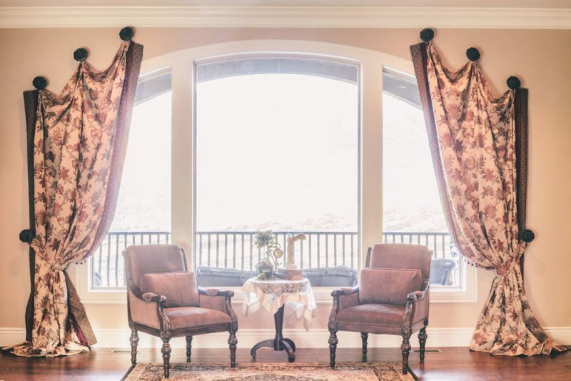 Einzigartige Fenstergestaltung für ovale Fenster