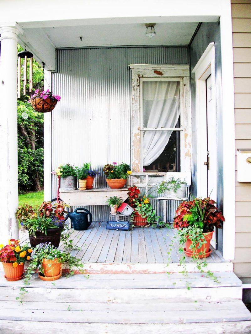 Dekorieren Sie Gartenhütten mit Blumen