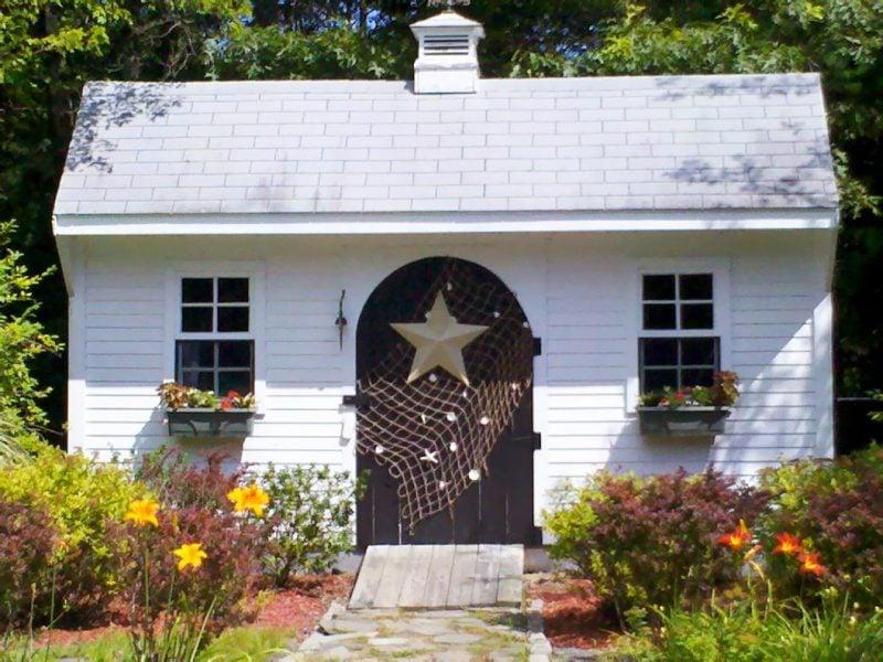 Gartenhütten ohne Blumen gehört zu keinem Garten
