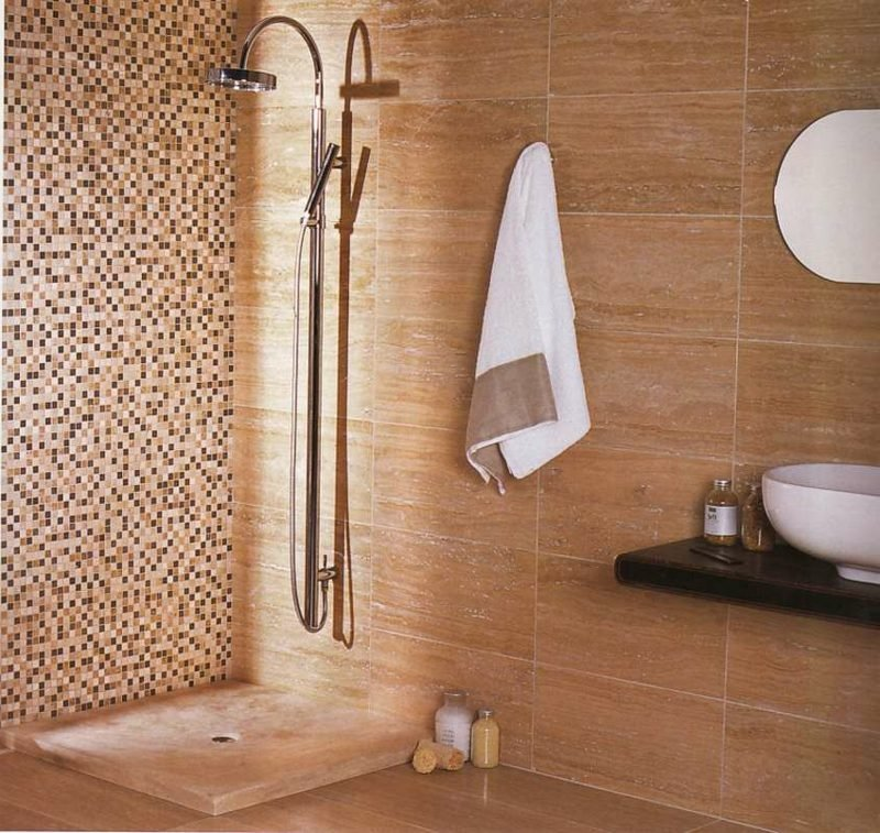 Badezimmer Mosaikfliesen Akzentwand gemauerte Dusche