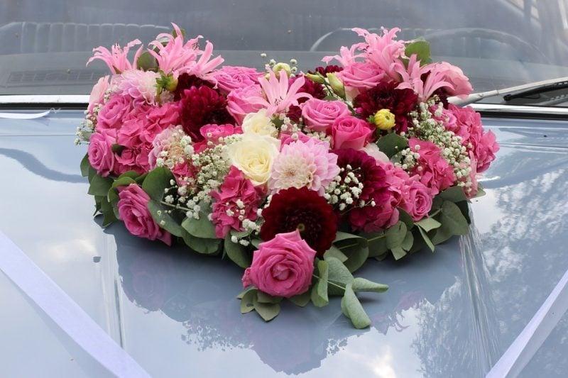 hochzeit blumenschmuck rosa