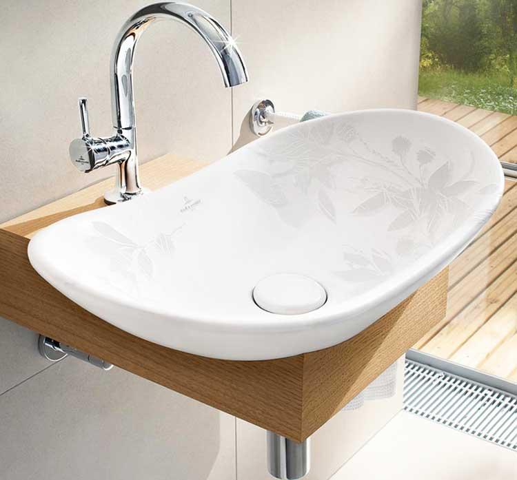 holz waschtischplatte mit weißer keramik waschbecken in edlem design