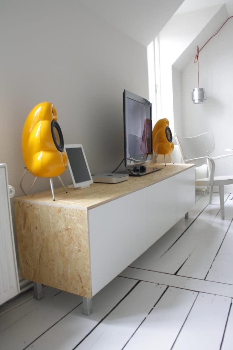 Ikea Besta Regal - Kombinieren Sie die weiße Farbe mit Holz