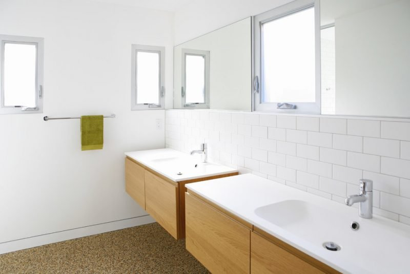 Ikea Besta Regal im Badezimmer