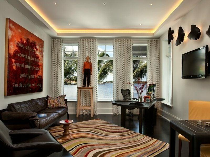 Wohnzimmer attraktive Beleuchtung indirekt Decke